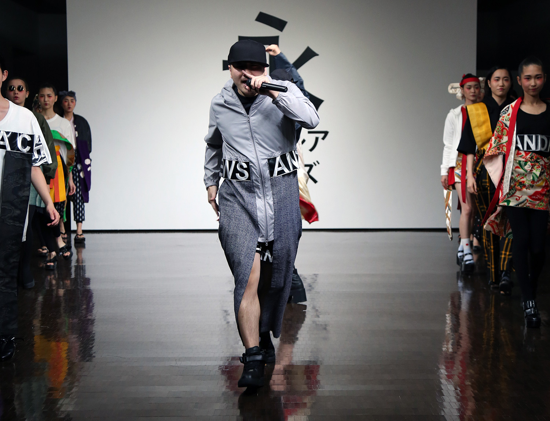 fashionshowls